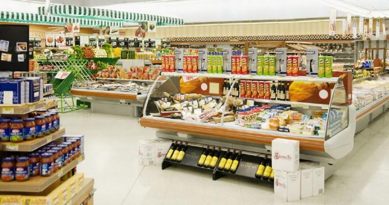 Thiết kế nội thất siêu thị mini trưng bày sản phẩm rất chuyên nghiệp