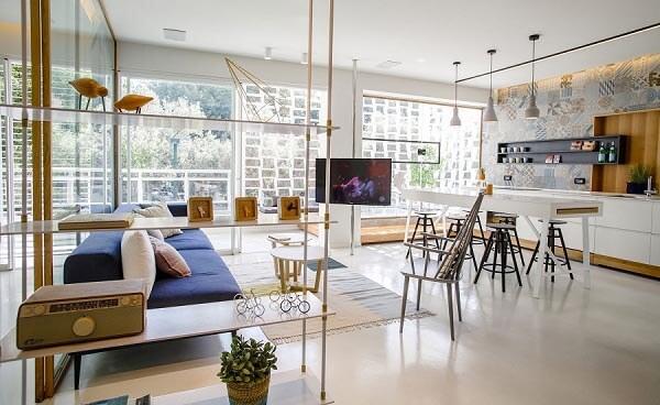 Không gian rộng rãi trong chung cư 2 phòng ngủ được làm mới và tạo điểm nhấn riêng biệt.