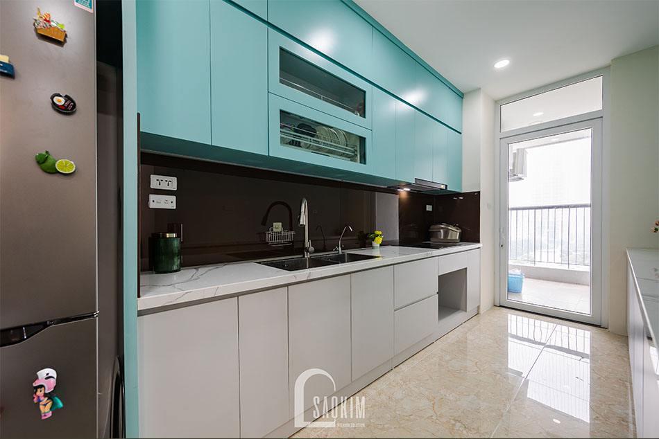Hoàn thiện thi công căn hộ khu đô thị Nam Trung Yên với căn bếp sạch sẽ, thoáng mát